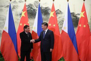 800px-President_Duterte_handshake_with_President_Xi